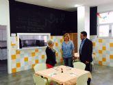 Joaquín Buendía  visita el Centro de Afade y almuerza con los 'mayores'