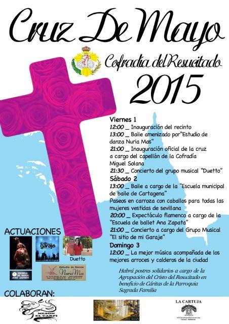La cofradía de Nuestro Padre Jesús Resucitado prepara las cruces de mayo con sus mejores gala - 1, Foto 1