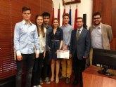 Los alumnos del instituto Licenciado Francisco Cascales ganan la Liga de Debate organizada por Educación en colaboración con la UMU