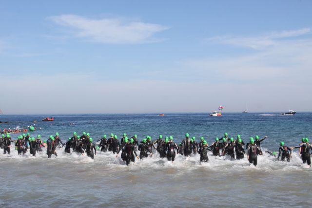 Cerca de mil participantes completaron desde Mazarrón una nueva edición del triatlón nacional de Fuente Álamo, Foto 2