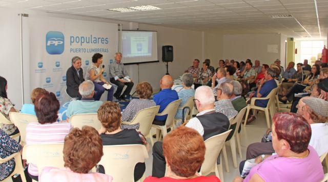 El PP de Puerto Lumbreras celebra un acto sectorial con personas mayores en el Centro de la 3ª Edad Vicente Ruiz Llamas - 1, Foto 1