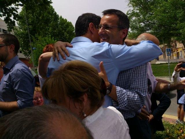 Pedro Sánchez da su apoyo al proyecto socialista de Alhama en un encuentro con el candidato Diego Conesa en Bullas, Foto 2