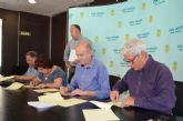 El Ayuntamiento renueva convenios de colaboración con la Rondalla, la Coral y la Asociación de Carnaval, de Santiago de  la Ribera