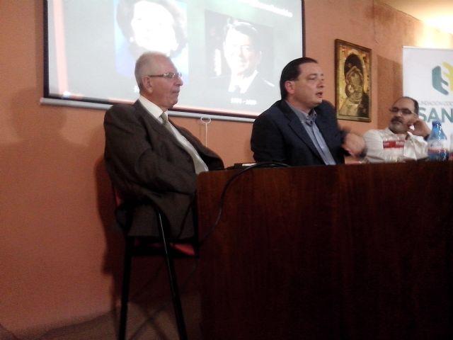 l I Ciclo de Conferencias de la Fundación Cooperativa Sanje - 1, Foto 1