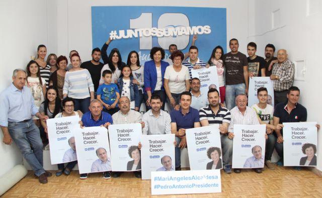El Partido Popular de Puerto Lumbreras comienza la Campaña Electoral con la pegada de carteles - 2, Foto 2