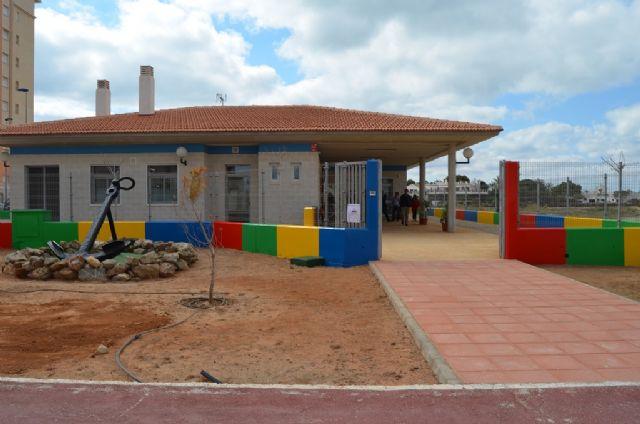 Abierto el plazo para solicitar plaza en la Escuela Municipal Infantil de La Manga - 1, Foto 1