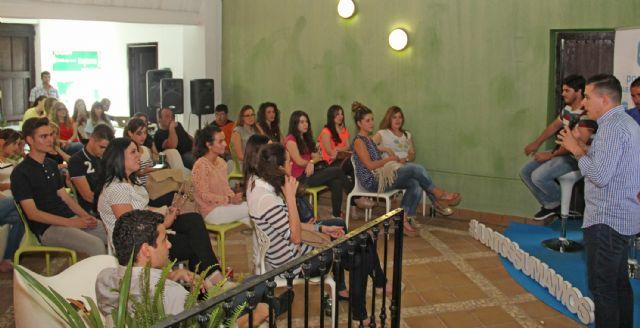El Partido Popular de Puerto Lumbreras organiza un café con ideas con más de medio centenar de jóvenes - 2, Foto 2