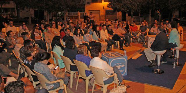 Más de 200 vecinos participan en un encuentro con la Alcaldesa y la candidatura del PP en Puerto Lumbreras - 2, Foto 2