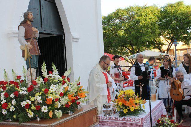El barrio de San Isidro culmina sus fiestas con sus tradicionales actos religiosos y de convivencia - 2, Foto 2