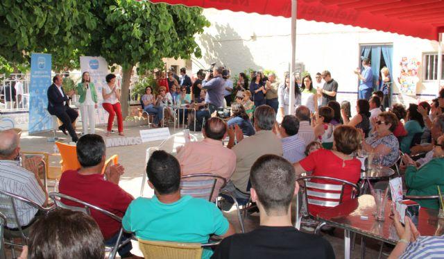 La ministra de Fomento visita Puerto Lumbreras donde mantiene un encuentro con afiliados y simpatizantes - 3, Foto 3
