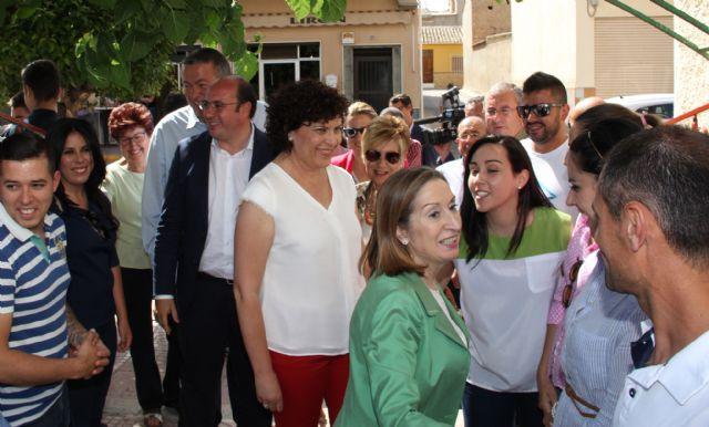 La ministra de Fomento visita Puerto Lumbreras donde mantiene un encuentro con afiliados y simpatizantes - 4, Foto 4