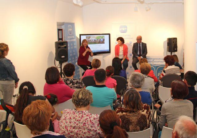 Más de 100 vecinos participan en un encuentro con la Alcaldesa y la candidatura del PP en Puerto Lumbreras - 2, Foto 2