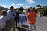 Bernabé visita las obras de ensanche y mejora de la carretera de El Cantón, en Abanilla