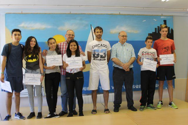 Los alumnos del IES Antonio Hellín muestran sus cualidades en los Premios Interrecreos - 1, Foto 1