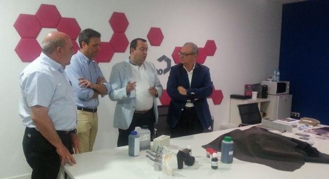 El Gobierno regional muestra su apoyo a la empresa Graphenano para que desarrolle en la Región proyectos punteros basados en el grafeno - 1, Foto 1