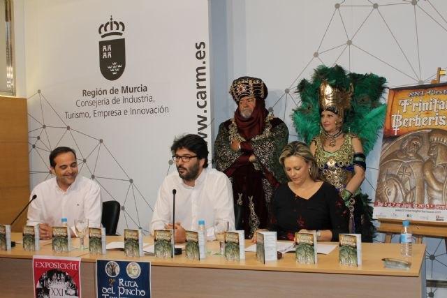 El director del Instituto de Turismo invita a visitar Torre Pacheco con motivo de las fiestas Trinitario-Berberiscas - 1, Foto 1