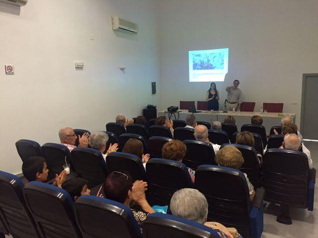 Concluye el ciclo de conferencias para mayores para promover la salud en este sector de la sociedad pachequera - 2, Foto 2