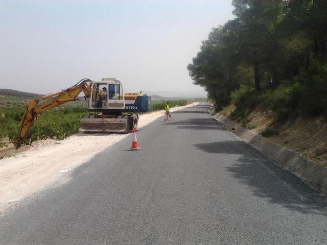 Fomento adjudica las obras de pavimentación del firme de la carretera de Benizar - 1, Foto 1