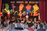 Alumnos de Aidemar despiden el curso en la biblioteca municipal con un festival