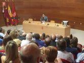 El Alcalde solicita a los funcionarios su colaboración para mejorar el servicio a los ciudadanos
