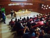 Más de 140 voluntarios han asistido durante este curso a menores del municipio en refuerzo escolar
