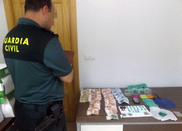 La Guardia Civil desmantela un punto de venta de droga que abastecía a varias pedanías de Murcia - 1, Foto 1