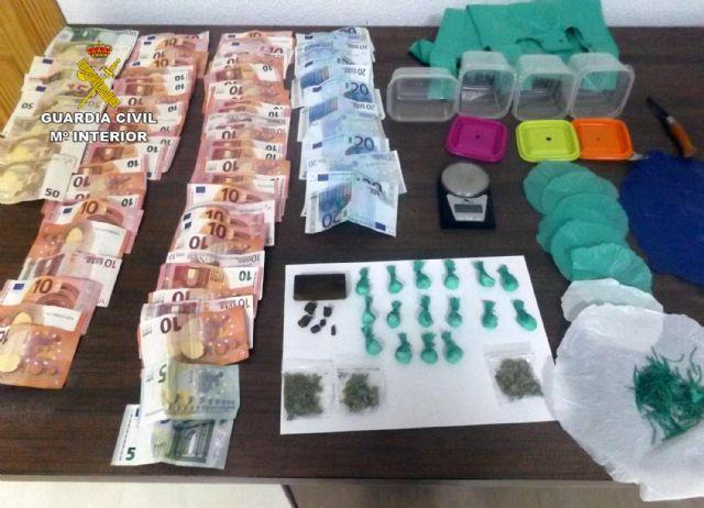 La Guardia Civil desmantela un punto de venta de droga que abastecía a varias pedanías de Murcia - 2, Foto 2