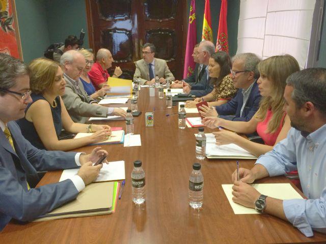Ballesta designa seis tenientes de alcalde y preside la primera reunión de la Junta de Gobierno - 1, Foto 1