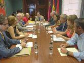 Ballesta designa seis tenientes de alcalde y preside la primera reunión de la Junta de Gobierno