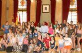 Rafael Gómez da la bienvenida a Murcia a 23 alumnos franceses que participan en un intercambio