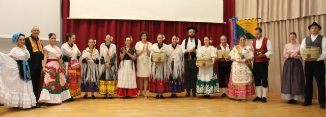 Puerto Lumbreras celebró su gran noche de folklore con grupos de Eslovenia, México, y Murcia - 4, Foto 4