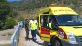 Protección Civil rescata a un ciclista que se fracturó un tobillo en la Senda del Alburnez