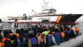 La Guardia Civil ha rescatado en la última semana a 917 inmigrantes en aguas italianas al sur de la isla de Lampedusa