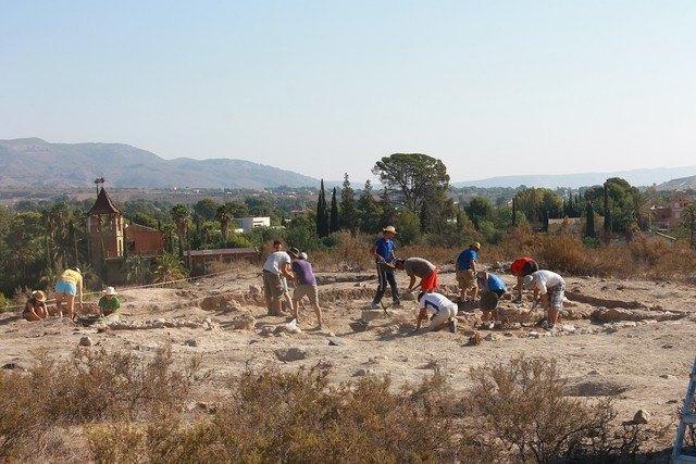 """II Archaeological Fieldwork in """"The Cabezuelas"""", Foto 2"""