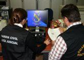 La Guardia Civil imputa a un menor de edad por la difusión de imágenes íntimas de otra menor a través del teléfono móvil