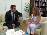 La Consejera de Educación y Universidades se reúne con el Alcalde de Alcantarilla