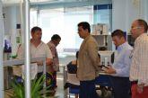 El Alcalde reitera el compromiso municipal con la lucha contra el paro durante su visita al SEF, en San Javier
