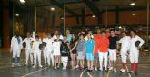 El UCAM Sports Center acoge una competición de esgrima con la participación de deportistas de la Universidad de Finanzas de Shangai