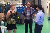 El alcalde y la Concejala de Desarrollo Económico y Presidenta de PROINVITOSA inician una ronda de visitas a empresas del Polígono