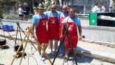 El Día del Caldero vuelve a atraer a cientos de personas en la playa del Pescador