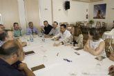 El alcalde y la vicealcaldesa escuchan las necesidades del Polígono Los Camachos