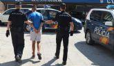La Policía Nacional detiene en Molina de Segura al presunto autor de cuatro robos con violencia e intimidación