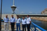 El alcalde visitó el Puerto Deportivo de La Manga donde se reunió con el presidente de la empresa concesionaria, Tomás Maestre