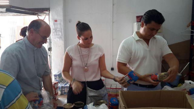 El alcalde visita Cáritas San Javier - 3, Foto 3