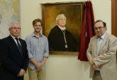 Instalan el retrato de José Antonio Cobacho en la galería de rectores de la Universidad de Murcia