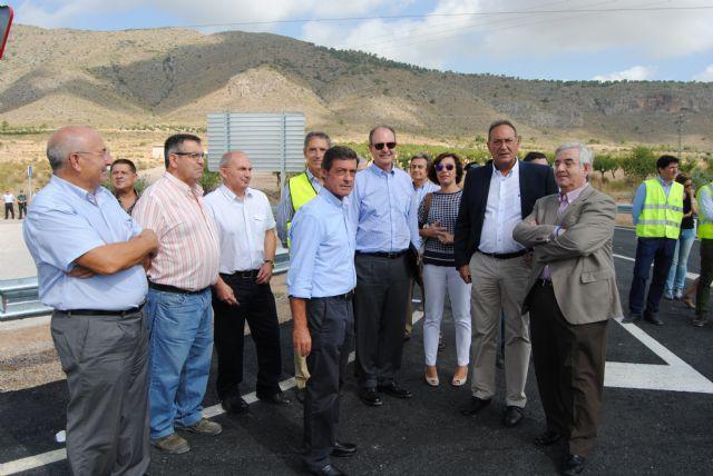 Fomento pone en servicio la nueva glorieta en la intersección de la carretera N-344 con el Camino de Almansa, en Jumilla - 2, Foto 2