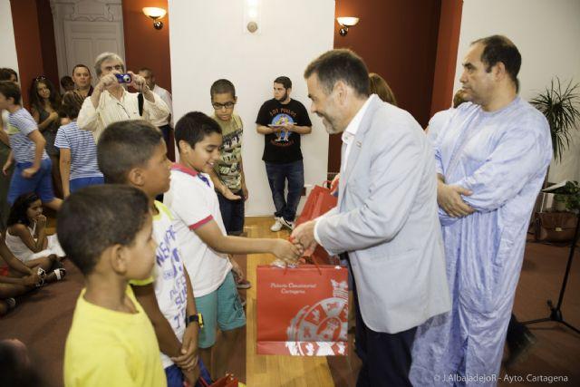 Una quincena de niños saharauis disfrutarán de un verano en Cartagena - 2, Foto 2