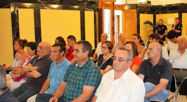 El Pleno aprueba que el Centro Social de Barranda lleve el nombre de Pepe Salcedo y una calle de La Encarnación el de Michael Walker - 1, Foto 1