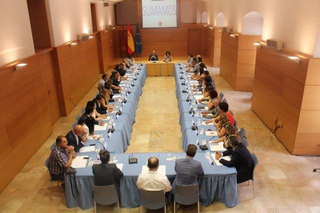 Pedro Antonio Sánchez destaca el empleo como prioridad en la aplicación de medidas