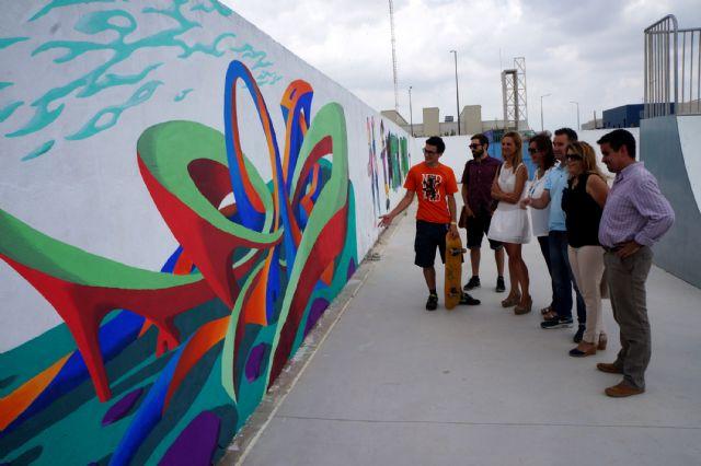 Jóvenes artistas torreños decoran la zona municipal de skate-board - 3, Foto 3